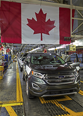 The first 2015 Ford Edge models roll off the production line