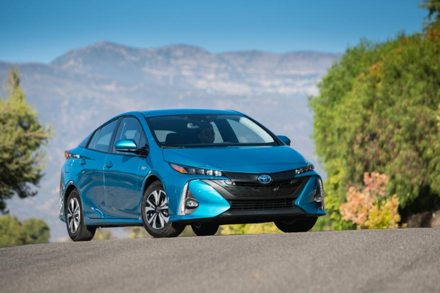 Toyota Reports Higher Hybrid Sales